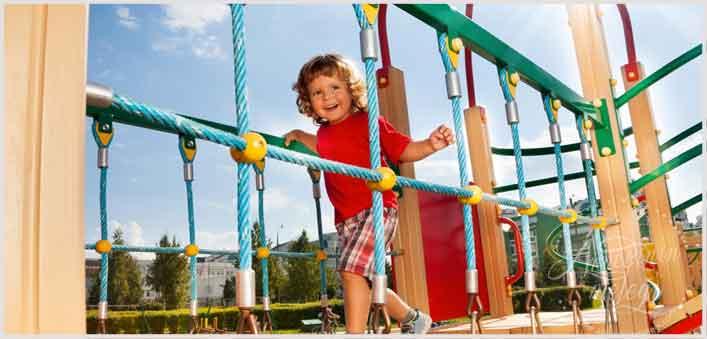 Çocuğunuzun merakı, girişimciliği ve birey olma içgüdüsünü engellemeyin. Kaygılarınızı yenin ve çocuğunuza müsade edin.