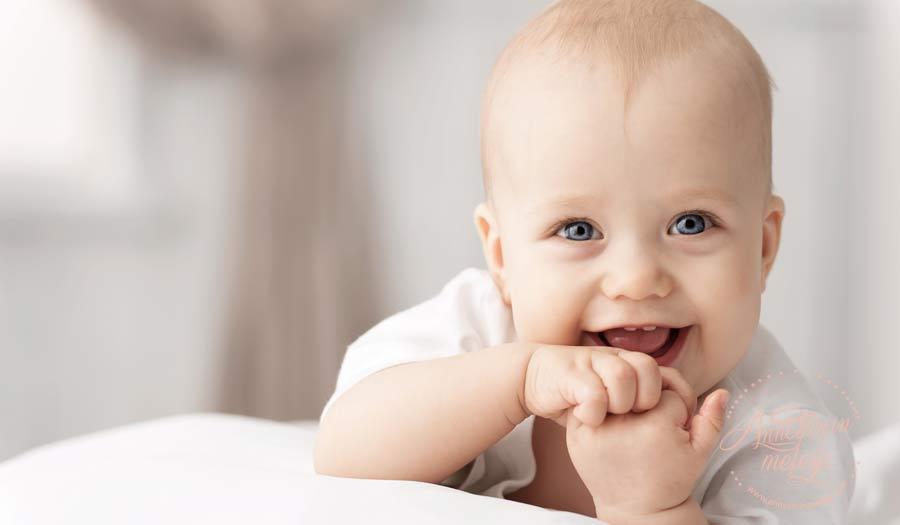 Bebeğiniz gülümsediğinde içinizi neden mutluluk kaplar? Bunları biliyor musunuz | Bebeğinizin gülüşü dünyalara bedel! bebek gülümsemesi,bebek bakımı,ilginç bilgiler,yenidoğan,bebek,gülücük,bebek gülüşü, doğum yapan anne,dopamin,mutluluk yeni anne blog anne blog mutlu bebek