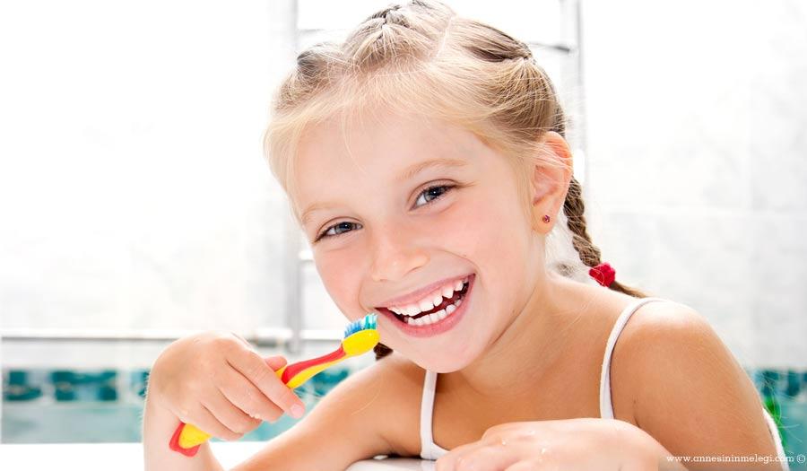 Çürük diş, bebeğe anneden de bulaşabiliyor…