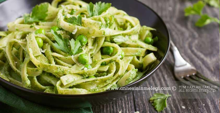 Pesto soslu tagliatelle tarifi | Pesto Sos nasıl yapılır | BADEMLİ PESTO SOS, Denenmiş, ev yapımı pesto, Ev Yapımı Pesto Sos Tarifi, evde pesto sos, Evde Pesto Sos Nasıl Yapılır, fesleğen, fesleğen sos, Fesleğenli Pesto Sos nasıl yapılır?, Fesleğenli Pesto Sos tarifi, Lezzetli, makarna, makarna sosları, nasıl yapılır, pesto, pesto sos, pesto sos ekşi, Pesto Sos Kaç Kalori, Pesto sos nasıl hazırlanır?, pesto sos nasıl yapılır, pesto sos nedir, pesto sos nerelerde kullanılır, pesto sos tarif, Pesto sos tarifi, Pesto Sos Tarifi Tarifleri ve Püf Noktaları! Pesto Sos Tarifi Tarifleri, pesto sos yapılışı, Pesto Sos Yapılışı Tarifi, Pesto Sos Yapılışı Tarifi nasıl yapılır, Pesto Soslu Avokadolu Makarna Salatası, pesto soslu makarna, Pesto soslu makarna nasıl yapılır?, Pesto Soslu Tagliatelle, Pesto sosu, pesto sosu tarifi, pratik, Resimli, Sos pesto sos tarifi, Taze fesleğen ve parmesan peyniri