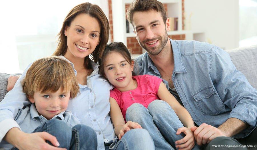 """Bağımsız hareket edebilen, özgüvene ulaşmış, başarılı ve mutlu çocuk yetiştirmenin püf noktalarının konuşulacağı """"Aile Festivali"""" . Aile Festivali,aile etkinlikleri, aile aktiviteleri,ücretsiz aile etkinlikleri,ebeveyn etkinlikleri, ebeveyn aktiviteleri,mutlu çocuk yetiştirme, özgüven"""