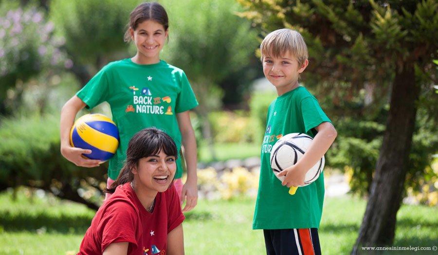 5- 12 yaş grubuna özel çocuklara İstanbul Beykoz'da doğanın içinde eğlenceli ve keyifli bir kamp ortamı sunan Geleceğin Yıldızları, çocukların yaz tatilinde faydalı vakit geçirebileceği ortam sunuyor. yaz okulu,çocuk etkinlikleri,yaz kampları,geleceğin yıldızları,English in Action,basketbol, tenis, futbol, voleybol, hokey, müzik, resim, drama,Summer City Camp,Beykoz TED İstanbul Koleji kampüsü,istanbul çocuk etkinlikleri,istanbul yaz okulları,çocuklar için yaz önerileri,yaz tatili önerileri