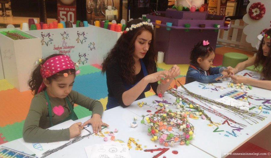 Çocuklarımız Cevahir Alışveriş Merkezi'nde, oyun dünyalarını çiçeklerle renklendiriyorlar.ücretsiz çocuk etkinlikleri,çiçek, cevahir alışveriş merkezi,çiçek atölyesi,çocuk etkinlikleri,istanbul çocuk etkinlikleri,anne çocuk etkinlikleri,haftasonu etkinlikleri