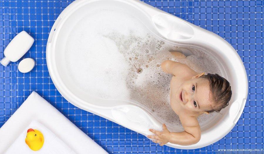 Sıcak döküntüleri olarak da bilinen isilik isilik isilik tedavisi isilik nasıl geçer yüzdeki isilik nasıl geçer isilik nedir isilik neden olur isilik için ne yapılır bebek bezi isiliği