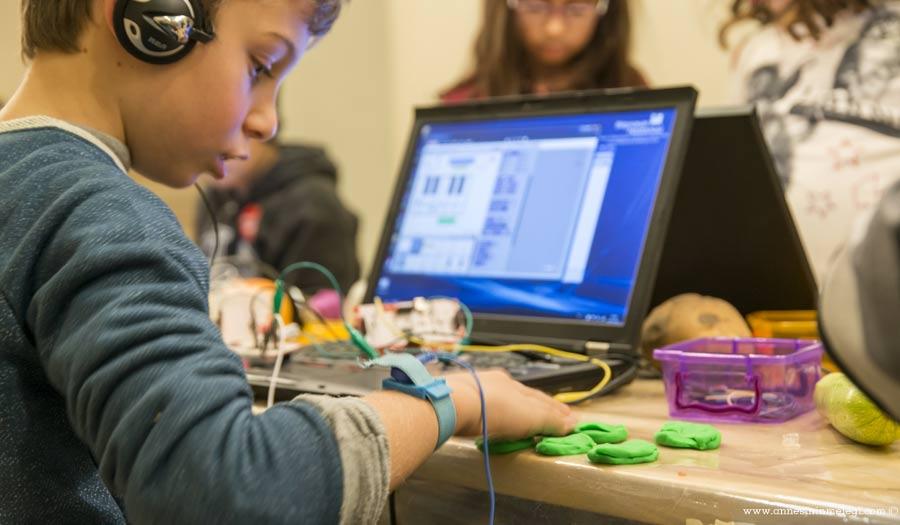 Pera Çocuk Atölyeleri'nde Çocuklar Teknoloji ve Sanatı Bir Arada Deneyimliyor. Pera Çocuk,Atölyeye katılımı,Microsoft ile Kod Saati: Minecraft,Düşün, Tasarla, Üret,Katherine Behar, Veri Girişi,istanbul etkinlikleri,çocuk etkinlikleri,haftasonu etkinlikleri,istanbul çocuk etkinlikleri