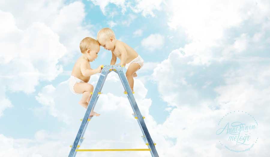 Bebek Gelişimi / Bebek Eğitimi | Kardeş kıskançlığı ve çatışmalarını önlemek için Anne-Babalara öneriler. Kardeş kıskançlığını ve çatışmalarını önlemenin püf noktaları. kardeş çatışmaları,kardeş kıskançlığı,yeni kardeşi olan çocuğa nasıl davranılmalı, kardeş kıskançlığı adem güneş, kardeş kıskançlığı belirtileri, 4 yaşındaki çocuğun kardeş kıskançlığı, kardeş kıskançlığı sabiha paktuna keskin, kardeş kıskançlığına çözüm, yeni kardeşi olan çocuğun psikolojisi, 2 yaşındaki çocuğun kardeş kıskançlığı.