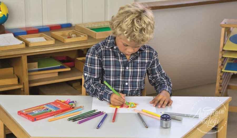 """Faber-Castell """"Yaratıcılık Atölyeleri"""" ile renkli bir hafta sonu. Faber-Castell Yaratıcılık Atölyeleri,istanbul oyuncak muzesi,Sabancı Müzesi,Portre Defteri,Rahmi M. Koç Müzesi,Faber-Castell"""
