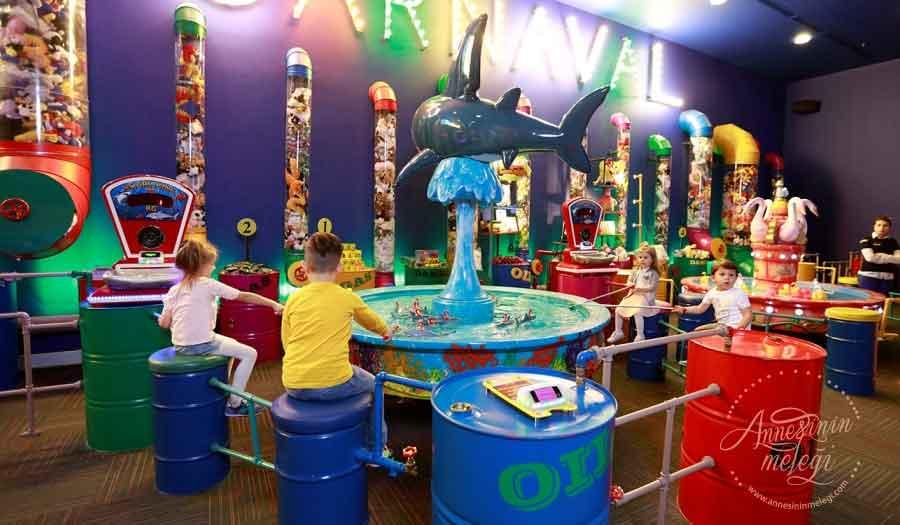 Lego Ninjago karakterleri Mall of İstanbul'da çocukları bekliyor.