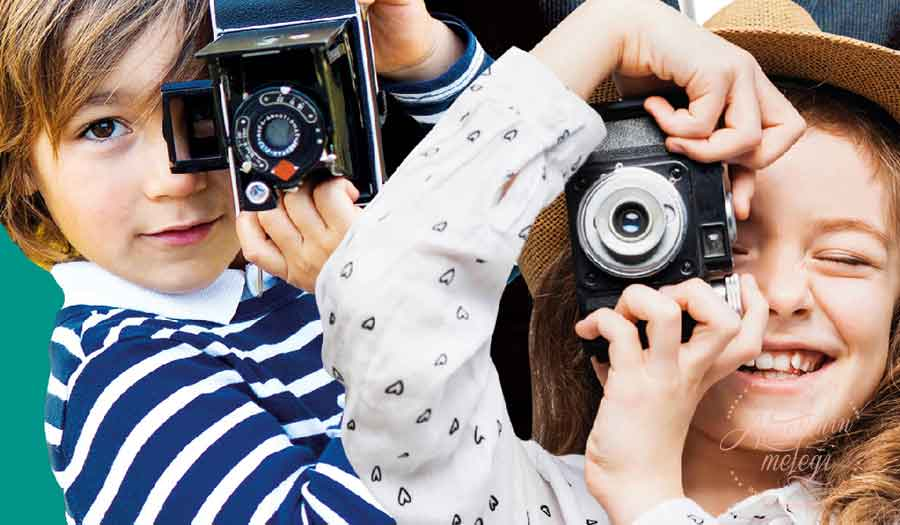 """Zorlu'nun minik misafirleri, 16 Eylül - 1 Ekim tarihleri arasında Zorlu Alışveriş Merkezi'nde gerçekleşecek """"Minik Fotoğrafçılar Zorlu'da""""etkinliğinde, Mehmet Turgut Fine Art Fotoğraf Atölyesi eğitmenlerinden temel fotoğrafçılık eğitimi alacaklar. Mehmet Turgut Fine Art Fotoğraf Atölyesi,Zorlu Alışveriş Merkezi,Fotoğrafçılık Atölyesi,5-11 yaş çocuk,ücretsiz fotoğrafçılık eğitimi,istanbul etkinlikleri,çocuk etkinlikleri"""