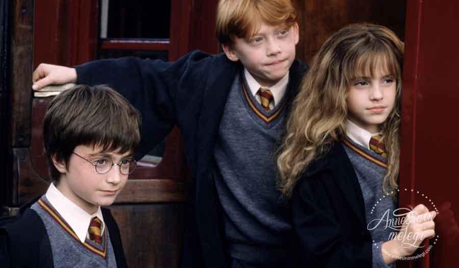 """3-4 Kasım'da """"Harry Potter ve Felsefe Taşı"""" Zorlu PSM'de! """"Harry Potter"""" dünyası, büyülü etkinliklerle Zorlu PSM'ye geliyor. Zorlu PSM, Harry Potter,""""Harry Potter ve Felsefe Taşı, Movies in Concert,Yaratıcı Okuma Atölyesi,Yaratıcı Yazarlık ve Kitap Tasarım Atölyesi"""