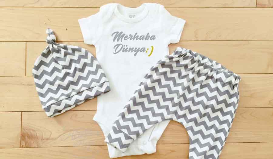 Bebek Bakımı | bebeği giydirirken nelere dikkat edilmeli? bebekleri nasıl giydirmeliyiz bebek nasil giydirmeli bebek nasıl giydirilmeli yeni doğan dönemi bebekler nasıl giydirilmeli uzman tv bebek nasıl giydirilmeli hakkında bilgi kışın bebeği nasıl giydirmeli bebegi gece nasil giydirmeli yenidoğan bebeği nasıl giydirmeli bebeği yazın nasıl giydirmeli kis bebegi nasil giydirmeli bebeği nasıl giydirmeli yeni doğan bebeği nasıl giydirmeli kışın bebekler nasıl giydirilmeli uzman tv yazın doğan bebekler nasıl giydirilmeli uzman tv yeni doğan bebek nasıl giydirilmeli uzman tv yenidoğan bebek nasıl giydirilmeli video 1 aylık bebeği nasıl giydirilmeli 1 aylık bebek nasıl giydirilmeli 2 aylık bebek nasıl giydirilmeli 2 aylık bebek nasıl giydirilmeli uzman tv 2 haftalık bebek nasıl giydirilmeli 3 aylık bebek nasıl giydirilmeli 3 aylık bebekler nasıl giydirilmeli 4 aylık bebek nasıl giydirilmeli 5 aylık bebek nasıl giydirilmeli 6 aylık bebek nasıl giydirilmeli 7 aylık bebek nasıl giydirilmeli 8 aylık bebek nasıl giydirilmeli 9 aylık bebek nasıl giydirilmeli 2 aylık bebek nasıl giydirilmeli uzman tv sonbaharda bebekler nasıl giydirilmeli yazın doğan bebekler nasıl giydirilmeli bebek ilk doğduğunda ne giydirilir yeni doğan bebek kaç kat giydirilmeli yazin bebekler nasıl giydirilmeli mayıs ayında bebek nasıl giydirilmeli bebegin usudugunu nasil anlariz 2 aylık bebek nasıl giydirilmeli uzman tv sonbaharda bebekler nasıl giydirilmeli yazın doğan bebekler nasıl giydirilmeli bebek ilk doğduğunda ne giydirilir yeni doğan bebek kaç kat giydirilmeli yazin bebekler nasıl giydirilmeli mayıs ayında bebek nasıl giydirilmeli bebegin usudugunu nasil anlariz Bebek evde nasıl giydirilmeli? Bebek yazın nasıl giydirilmeli? Bebek kışın nasıl giydirilmeli? Annelerin bebeklerini giydirirken en sık yaptığı hatalar nelerdir? Terlememesi ya da üşümemesi için bebeği giydirirken nelere dikkat edilmeli? Bebek nasıl giydirilmeli? Kış aylarında bebekler nasıl giydirilmeli Çocuk ve Bebekler kışın nasıl giyd