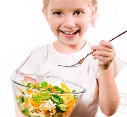 Sağlıksız ve aşırı beslenme ile alınan kilolar ergenlik yaşını belirleyebiliyor