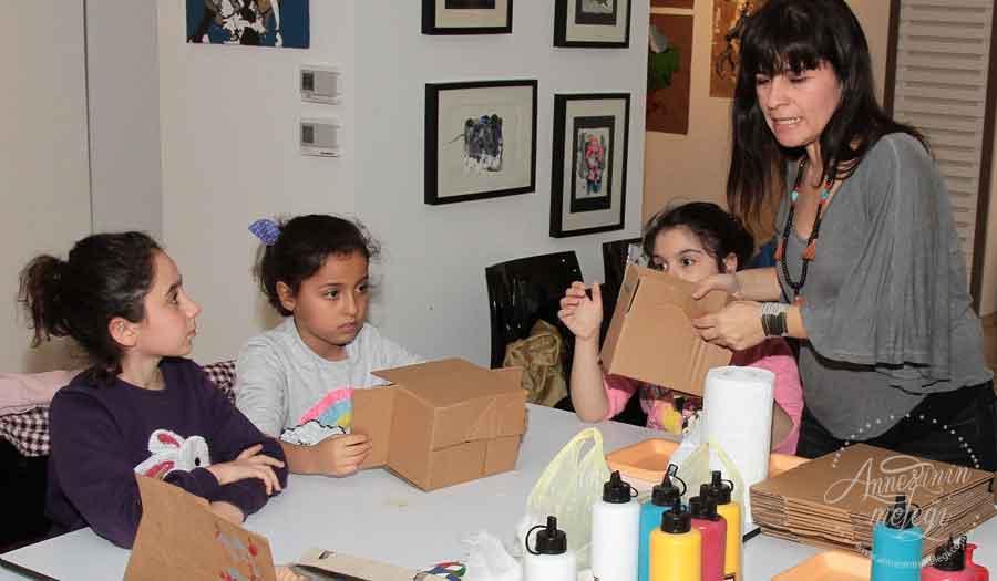 Karnesini alan çocuklar Trump Art Gallery'de sanatla buluşacak