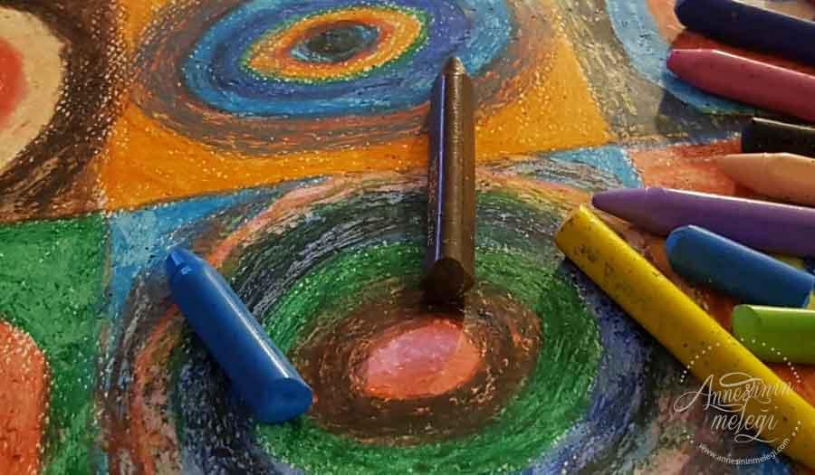 Çocuklarımızı Kandinsky'nin çığır açan renkli dünyası ile tanıştırmaya ne dersiniz?
