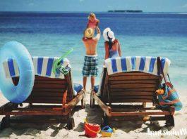 Tatile giderken alınacaklar: Bebekli tatil için valiz hazırlıkları | Bebekli rahat bir tatil için ailenin ve bebeğin tüm ihtiyaçlarını karşılayan bir hazırlıkla keyifli bir tatil yapabilirsiniz