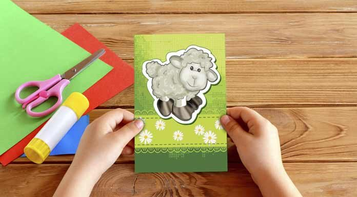 Çocuklarımız bu bayram tebrik kartlarını kendi elleri ile hazırlıyor