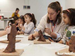 İstanbul Modern çocuklara sanatla dolu, eğlenceli ve yaratıcı bir yarıyıl tatili sunuyor. Bir Sanat Çalışmasını Çözümlemek, Foto Kolaj, Çamurdan Heykeller, Geleceğin Mimarları, Baskı Resim Atölyesi, Resimler ve Kostümler ve daha pek çok atölye programı yarıyıl tatilinde çocukları bekliyor