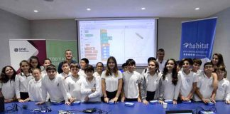 """Minik Eller Kod Yazıyor Projesi""""'nde tüm Türkiye'de 8- 12 yaş aralığındaki çocuklar www.minikellerkodyaziyor.com web sitesi üzerinden Scratch eğitimlerini online alabilecekler."""
